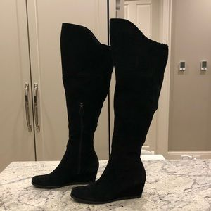 Black suede Franco Sarto over the knee boots. S7